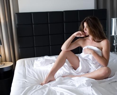 Lingerie and glamour photographer sydney